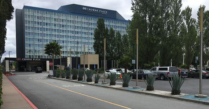 crowne-plaza-hotel-sfo-airport