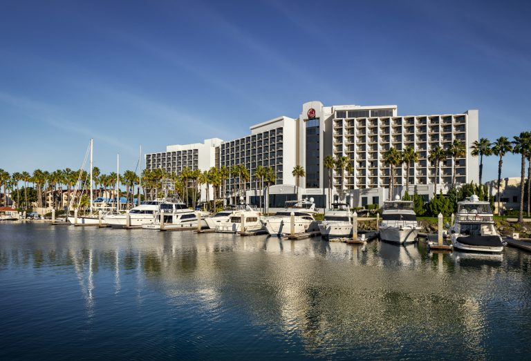 Sheraton San Diego hotel exterior
